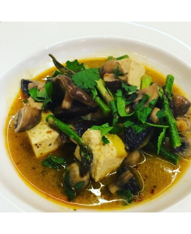 Meat Free Monday – Mushroom, Asparagus & Tofu Red Curry